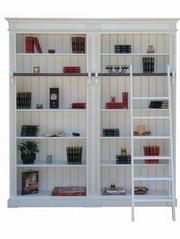 biblioteci vintage cu multe rafturi